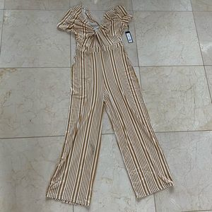 Romeo & Juliet Couture NWT $118 Sz M Striped